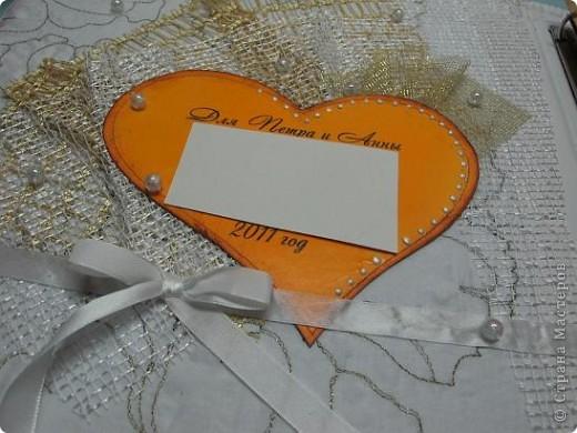 Вот, девочки, плод моих двухнедельных ночных усилий!  Рядом поставила коробку спичек для визуального определения масштабности альбомчика!)) фото 10