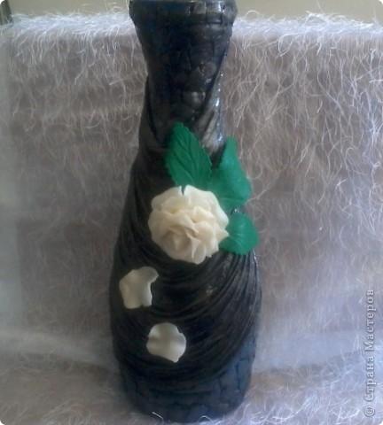 Грустная ваза!!! Первая попытка декорирования бутылки, вижу что есть ошибки, прошу судить не строго! жду ваших комментариев. фото 1