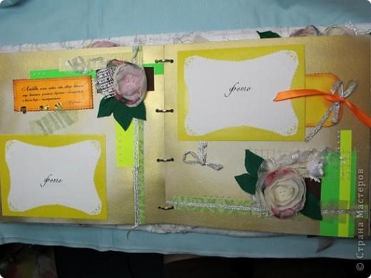 Итак, продолжаем! Начало можно посмотреть здесь: http://stranamasterov.ru/node/225421 Открываем первый разворот. Под подложкой для фото, кармашек для тэга, на котором стихи про любовь!...Ну с кого еще брать пример в любовных признаниях. как не с классиков?! фото 13