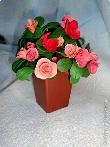 просто понравилось лепить такие цветочки:)