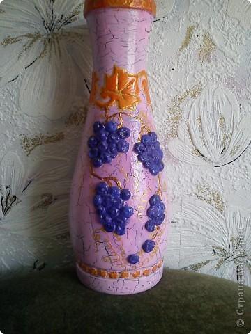Бутылка из под вина, кракелюр ПВА,обьем герметиком, акрил, лак. фото 1