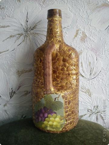 Бутылка из под вина, кракелюр ПВА,обьем герметиком, акрил, лак. фото 3