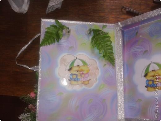 так как фотографий получилось много пришлось разделить МК. Это коробочка для альбома ,для пожеланий молодожёнам. Для её изготовления я взяла коробку от конфет, так же обклеила её шёлкографией с наружи фото 3