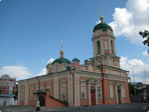 Это женский монастырь. фото 6