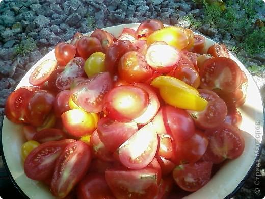 """Август, как известно, самый """"томатный"""" месяц. Это месяц засолок, консервирования и заготовок на зиму. Так почему бы не побаловать родных и друзей вкусным домашним кетчупом без """"химии"""" и консервантов?   фото 2"""
