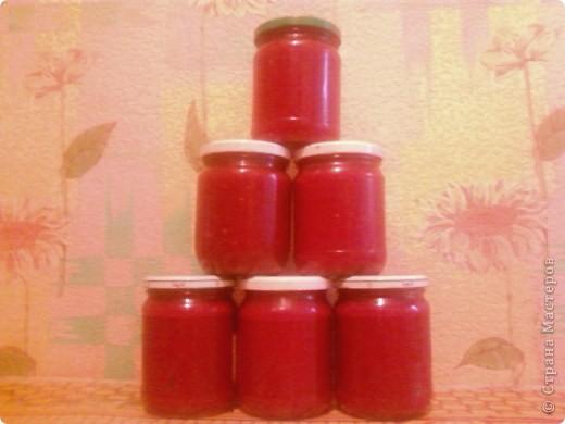 """Август, как известно, самый """"томатный"""" месяц. Это месяц засолок, консервирования и заготовок на зиму. Так почему бы не побаловать родных и друзей вкусным домашним кетчупом без """"химии"""" и консервантов?   фото 1"""