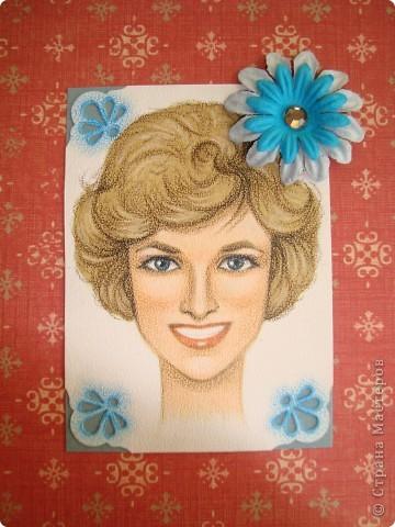 Новая серия миниатюрных портретов от моей сестры! Нарисованны архитектурными фломастерами и акварельными карандашами.  Первой выбирает Анечка Ку, мы давно ей обещали:-)  фото 13