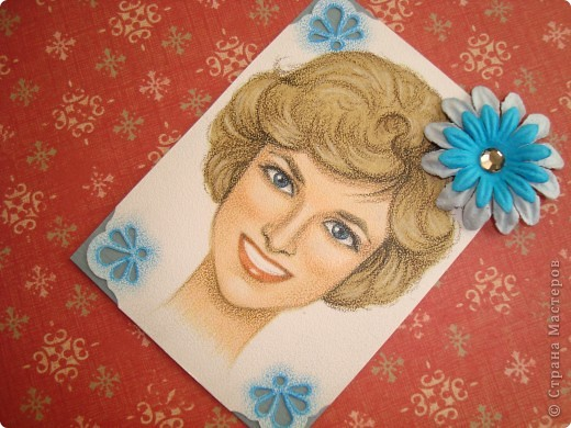 Новая серия миниатюрных портретов от моей сестры! Нарисованны архитектурными фломастерами и акварельными карандашами.  Первой выбирает Анечка Ку, мы давно ей обещали:-)  фото 15