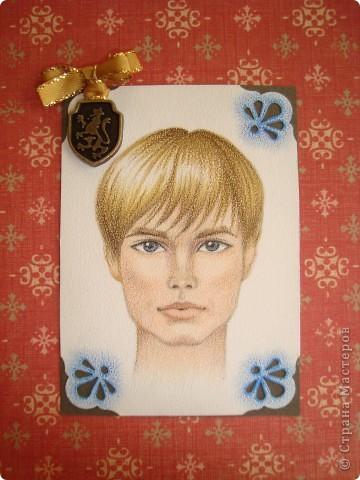 Новая серия миниатюрных портретов от моей сестры! Нарисованны архитектурными фломастерами и акварельными карандашами.  Первой выбирает Анечка Ку, мы давно ей обещали:-)  фото 10