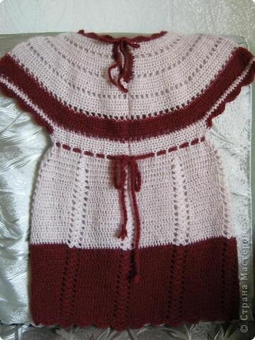 Добрый день, любители вязания. Сегодня хочу показать некоторые свои работы. Эта туничка связалась из остатков пряжи- ангорки 80% для внучки пяти с половиной лет. фото 1