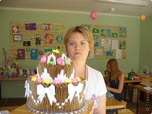 Делала я этот торт на выставку. Дался он мне тяжело. За основу взяла всем известный торт Т.Просняковой. фото 1
