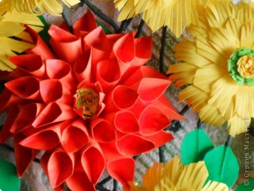 На корейском сайте нашла вот такие цветы, очень понравились, сделала. А вот с оформлением тупиковая ситуация. Попробовала вот такой вариант, что-то не очень нравится... фото 5