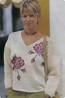 Пуловер с розами фото 1