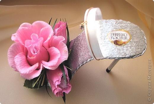 Хочу показать Вам туфельки, которые люблю дарить! Эффектный подарок получается. Как самостоятельный - комплимент, или, как дополнение к основному фото 5