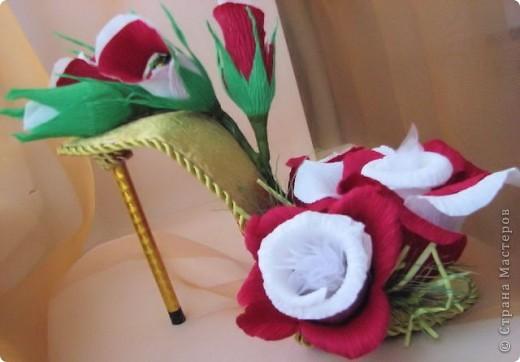 Хочу показать Вам туфельки, которые люблю дарить! Эффектный подарок получается. Как самостоятельный - комплимент, или, как дополнение к основному фото 6