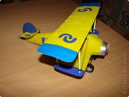 На выставку в детский сад сыну смастерили  аэроплан . фото 2