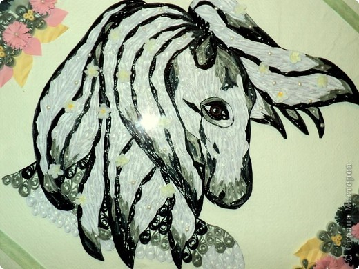 Лошадь в технике квиллинг. Формат А3 фото 2