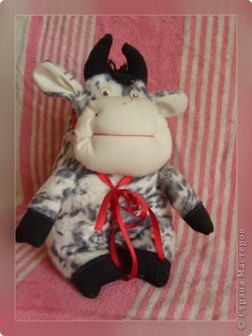 """Вот моя коровка """"Бурёнка"""".Только у меня выкройки нет... фото 1"""