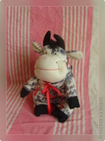 """Вот моя коровка """"Бурёнка"""".Только у меня выкройки нет... фото 3"""
