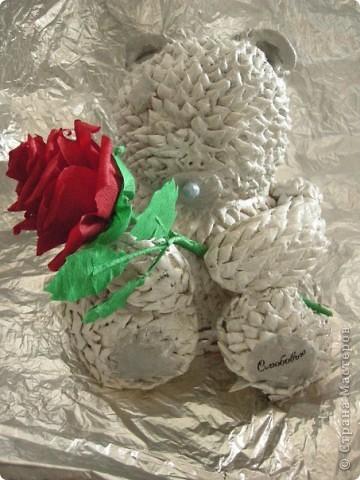Сделала вот такого огромного мишку Тедди из теста, потратила на него много времени и сил. Его размер 22/20 см. фото 3