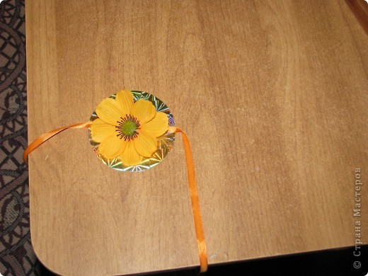 Подарочная коробочка из рулончиков от скотча фото 7