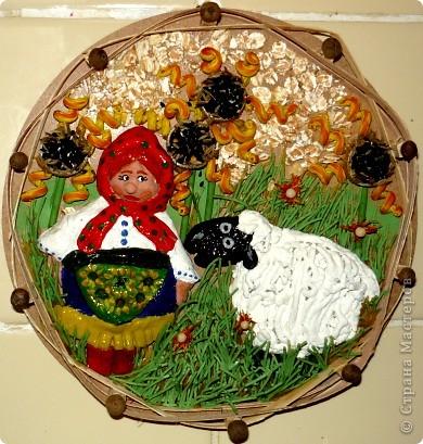 Пастушка с барашком