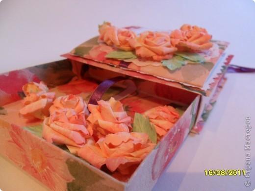 Коробочка создана МК MU-Ha: http://mu-ha.blogspot.com/2009/09/blog-post_11.html. Оказывается делать их очень интересно и нисколько не сложно. Советую всем. фото 4