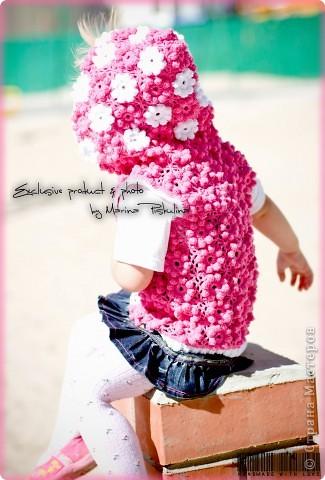 """Наконец довязала цветочную жилетку, которая задумывалась как кофточка с рукавами, но эти цветочки столько ниточек """"кушают"""", что едва-едва хватило на жилетку )) фото 6"""