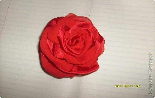 наконец то я решилась сделать такую розу !!!! все смотрела восхищалась работами наших мастериц, а сама как то побаивалась :) Но вот что получилось :) фото 4