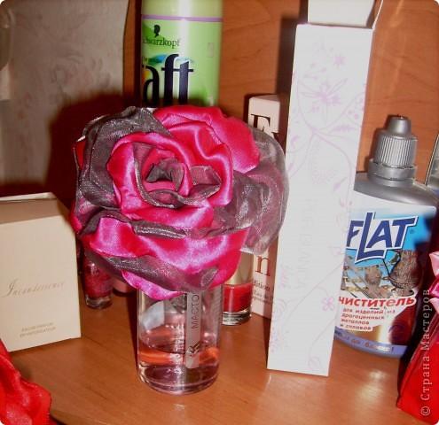 наконец то я решилась сделать такую розу !!!! все смотрела восхищалась работами наших мастериц, а сама как то побаивалась :) Но вот что получилось :) фото 2