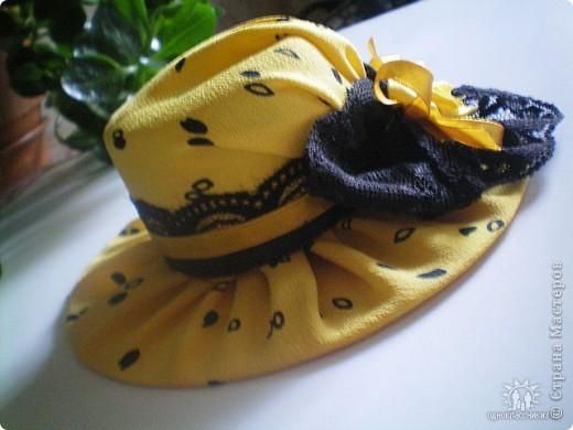 Игольницы с основанием из старых дисков - отличная идея! Хотя сами по себе шляпки могут быть и оригинальным подарком и украшением интерьера... фото 11