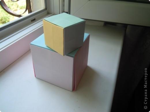 http://stranamasterov.ru/node/227280?c=favorite - вот ссылка на кубики.Очень интересная модель складывается из 6 квадратов! фото 2