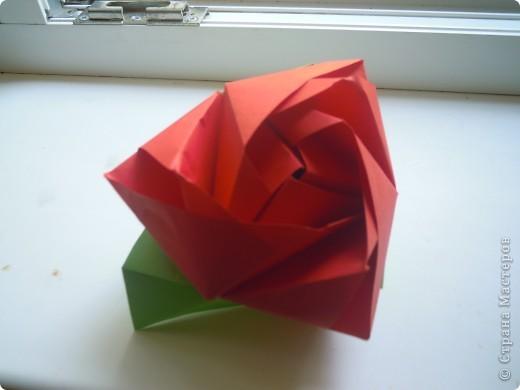 http://stranamasterov.ru/node/227280?c=favorite - вот ссылка на кубики.Очень интересная модель складывается из 6 квадратов! фото 8