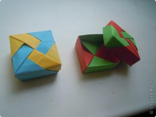 http://stranamasterov.ru/node/227280?c=favorite - вот ссылка на кубики.Очень интересная модель складывается из 6 квадратов! фото 10