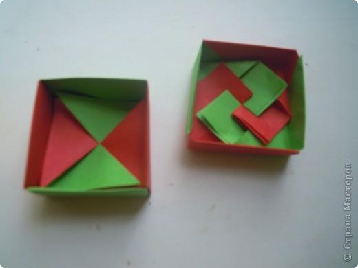 http://stranamasterov.ru/node/227280?c=favorite - вот ссылка на кубики.Очень интересная модель складывается из 6 квадратов! фото 11