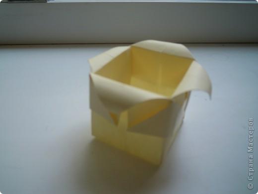 http://stranamasterov.ru/node/227280?c=favorite - вот ссылка на кубики.Очень интересная модель складывается из 6 квадратов! фото 12