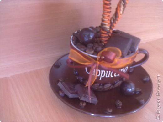 """Вот такое дерево я сделала в кафе """"шоколад"""", под цвет их интерьера, оранжево-шоколадный.за идею стрекозочек и переплетенных стволиков спасибо Светлане Лане. Вот такая вот повторюшка. еще дополнят в кафе 2 деревца только с одним шаром в таком же стиле, пока в процессе. фото 3"""