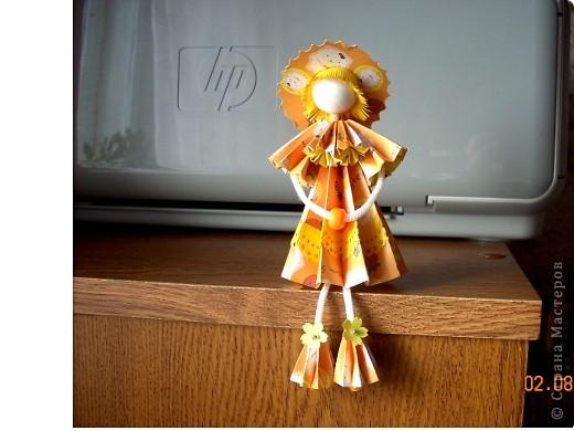 У Ирины (Sahalin) в блоге http://stranamasterov.ru/blog/3627  есть замечательные куколки-Аришки. Она научила нас делать их!  Перед вами -  мои Аришки. Они умеют сидеть... фото 2