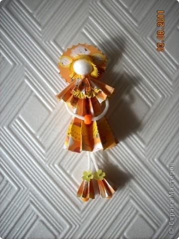 У Ирины (Sahalin) в блоге http://stranamasterov.ru/blog/3627  есть замечательные куколки-Аришки. Она научила нас делать их!  Перед вами -  мои Аришки. Они умеют сидеть... фото 3