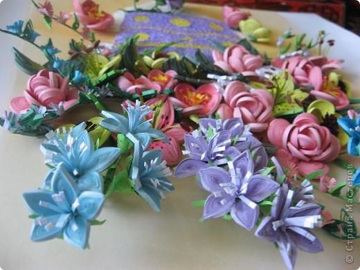 Здравствуйте жители страны. С праздником Вас. В конце лета и я собрала букет из летних цветов. фото 10