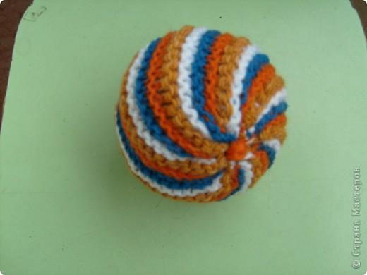 Мягкий мячик для малыша