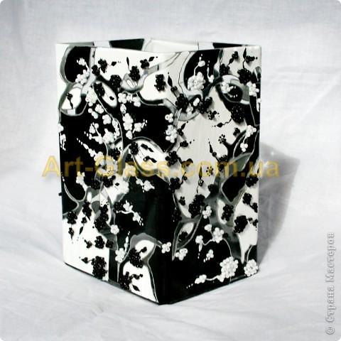 Очень люблю восточную культуру, поэтому и решила создать вот такую вот вазу в стиле Инь-Янь фото 2