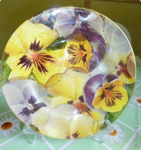 У меня появились новые салфетки с виолами,правда  крупноваты  цветы,хотелось бы помельче ,но...  фото 1