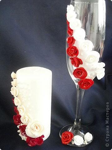 Эти бокалы со свечой.На свече розочки с ХФ. фото 1