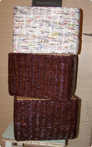 Вот такие у меня наплелись коробочки в сервант для разных мелких разностей. Две муж мне покрасил и покрыл лаком, третья пока ждет своей очереди... фото 1