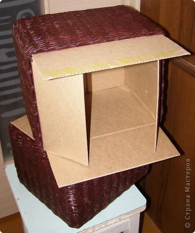 Вот такие у меня наплелись коробочки в сервант для разных мелких разностей. Две муж мне покрасил и покрыл лаком, третья пока ждет своей очереди... фото 5