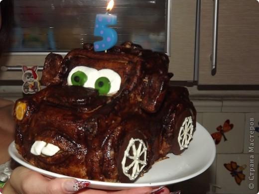 """Очередной  день  рождения сынишки - очередной  тортик ! На  этот  раз - другой  герой """"Тачек""""- Мэтр фото 2"""