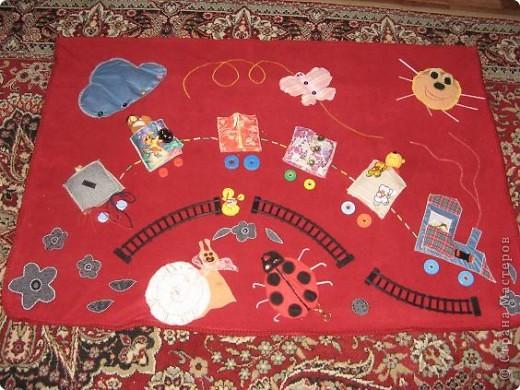 Вот и я,наконец, сшила развивающий коврик своим мальчишкам. Спасибо, большое за вдохновление Хвостики http://stranamasterov.ru/user/31099 и Дюй http://stranamasterov.ru/user/68700  фото 1