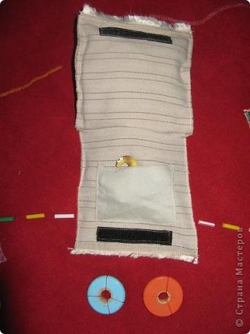 Вот и я,наконец, сшила развивающий коврик своим мальчишкам. Спасибо, большое за вдохновление Хвостики http://stranamasterov.ru/user/31099 и Дюй http://stranamasterov.ru/user/68700  фото 6