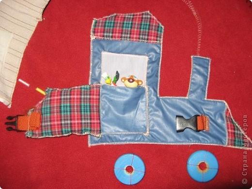 Вот и я,наконец, сшила развивающий коврик своим мальчишкам. Спасибо, большое за вдохновление Хвостики http://stranamasterov.ru/user/31099 и Дюй http://stranamasterov.ru/user/68700  фото 4